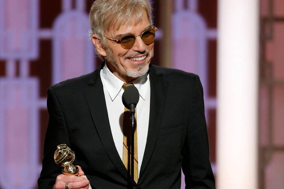 O ator Bob Thornton recebe o Globo de Ouro de melhor ator em série dramática por 'Goliath'