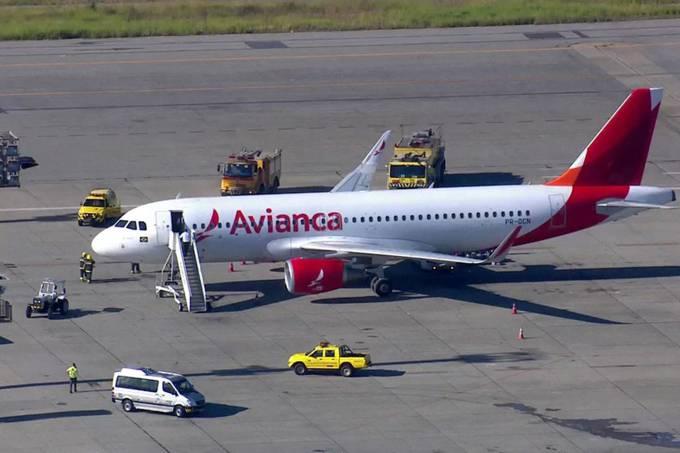 Avião faz pouso forçado no Aeroporto de Guarulhos em São Paulo
