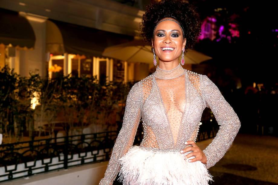 A atriz Cinara Leal, no baile de Carnaval do Copacabana Palace, no Rio