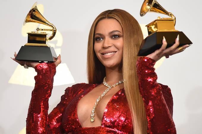 Beyoncé posa duas premiações Grammy