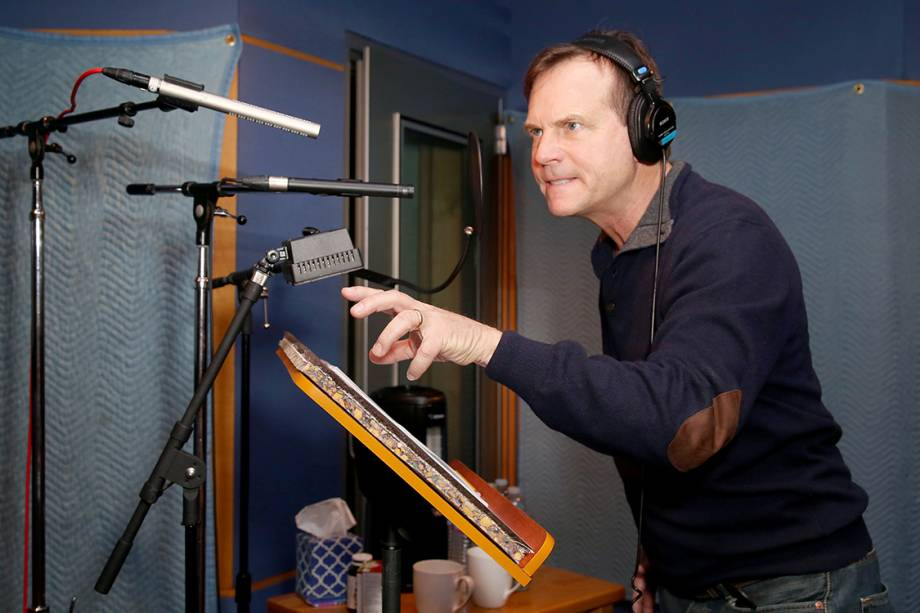 "Bill Paxton dublando o jogo de video game Call of Duty: Advanced Warfares ""Exo Zombies"""