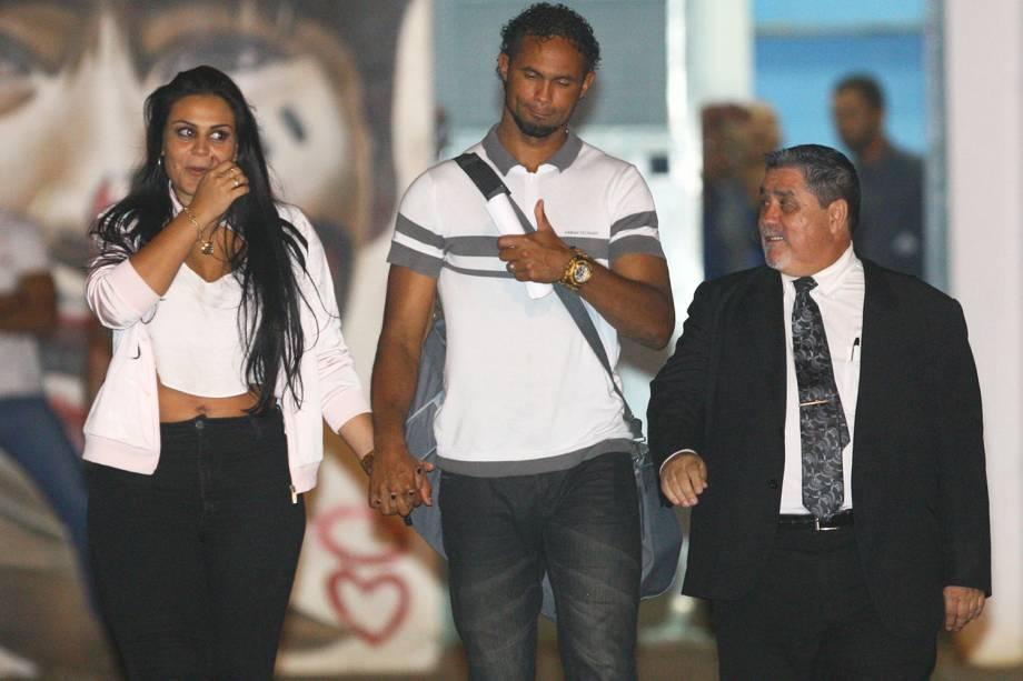 O goleiro Bruno Fernandes deixa a Apac (Associação de Proteção e Assistência ao Condenado) em Santa Luzia, região metropolitana de Belo Horizonte - 24/02/2017