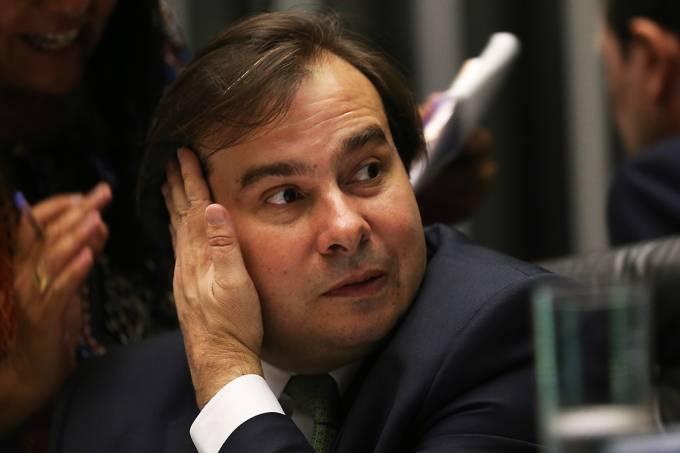 Presidente da Câmara, Rodrigo Maia, durante sessão que aprovou regime de urgência para PL 5850/16, que acelera procedimentos de adoção de crianças e adolescentes