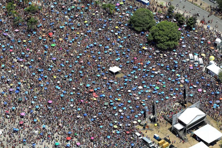 Foto aérea do bloco do Sargento Pimenta, no Aterro do Flamengo