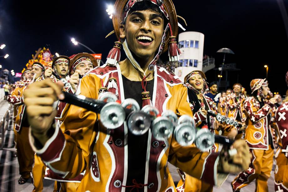 A escola de samba Dragões da Real é a quarta escola a desfilar na segunda noite do Carnaval paulistano - 26/02/2017