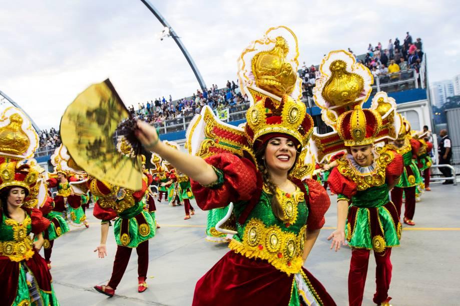 Nenê de Vila Matilde é a sexta escola a desfilar na segunda noite do Carnaval paulistano - 26/02/2017