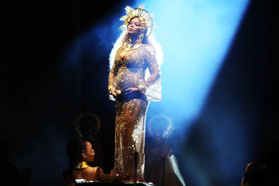 Beyoncé durante a cerimônia da 59ª edição do Grammy no Staples Center, em Los Angeles, nos Estados Unidos - 12/02/2017