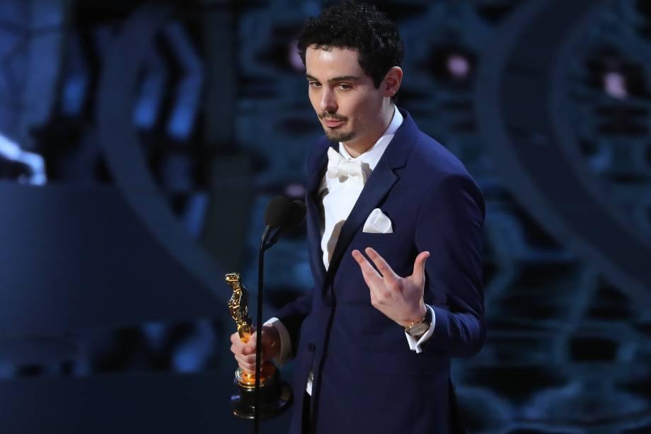 Damien Chazelle recebe o Oscar de Melhor Diretor pelo filme 'La La Land: Cantando Estações' - 27/02/2017