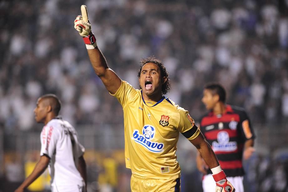 Bruno, goleiro do Flamengo durante do segundo jogo das oitavas de final entre Corinthians 2 x 1 Flamengo, partida válida pela Copa Libertadores da América 2010, no estádio do Pacaembu