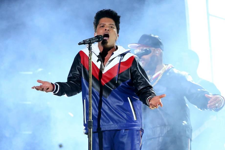 Bruno Mars durante a cerimônia da 59ª edição do Grammy no Staples Center, em Los Angeles, nos Estados Unidos - 12/02/2017