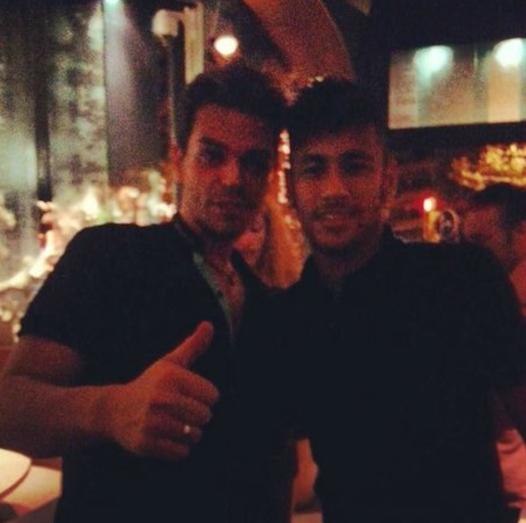 Fã com Neymar