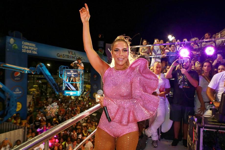 A cantora Ivete Sangalo durante o Trio Independente no Carnaval de Salvador
