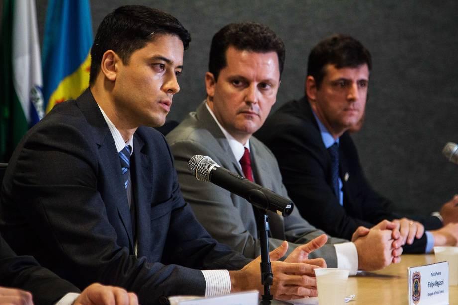 O Delegado de Polícia Federal, Felipe Hayashi, durante coletiva na sede da Polícia Federal em Curitiba (PR), sobre a Operação Research, deflagrada nesta quarta-feira (15). - 15/02/2017