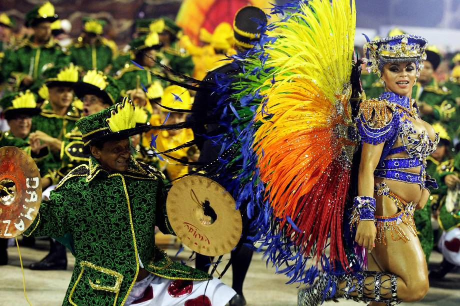 Rainha de bateria Carol Marins com a fantasia Cores da Liberdade da Paraíso do Tuiuti durante o primeiro dia de Desfiles das escolas de samba do Grupo Especial na Marquês de Sapucaí no Rio Janeiro,RJ - 26/02/2017
