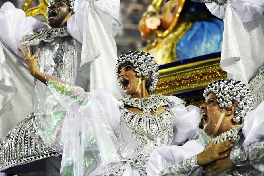 São Clemente é a segunda escola a desfilar na segunda noite do Carnaval carioca  - 28/02/2017