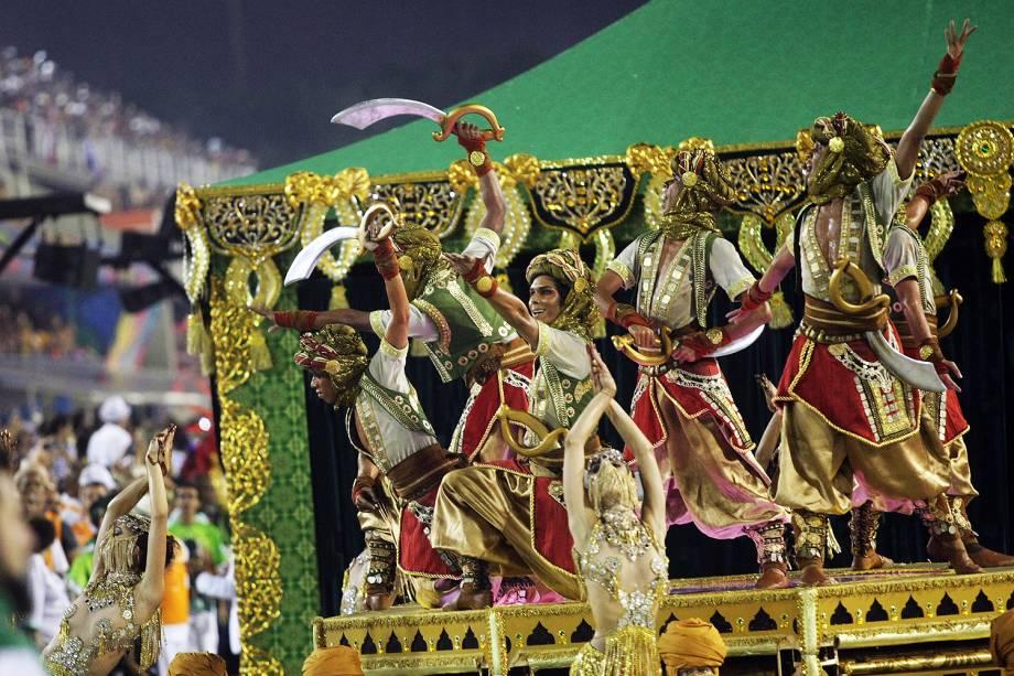 Com o enredo 'As mil e uma noites de uma Mocidade pra lá de Marrakesh', a escola de samba Mocidade Independente de Padre Miguel desfila no Sambódromo da Marquês de Sapucaí, no Rio de Janeiro (RJ) - 28/02/2017