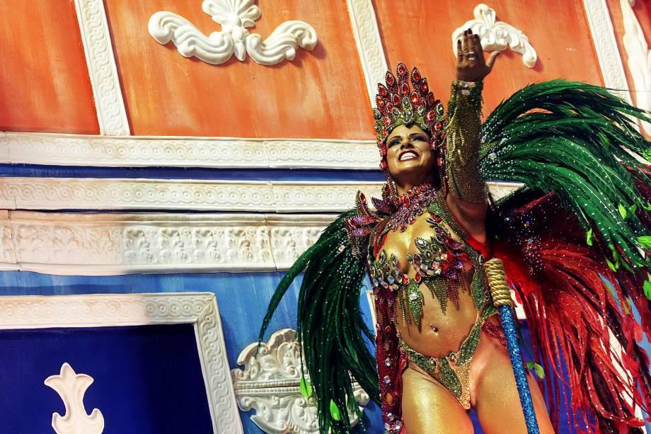 Portela é a quinta escola a desfilar na segunda noite do Carnaval carioca  - 28/02/2017