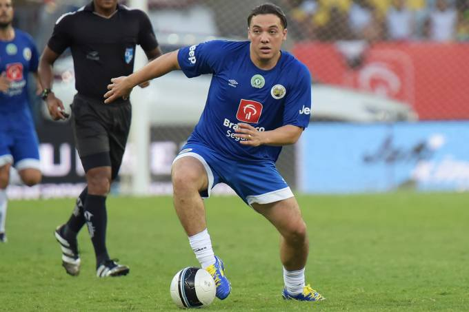 Wesley Safadão durante o Jogo das Estrelas no estádio do Maracanã, no Rio – 28/12/2016