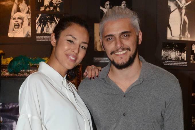 Yanna Lavigne e Bruno Gissone