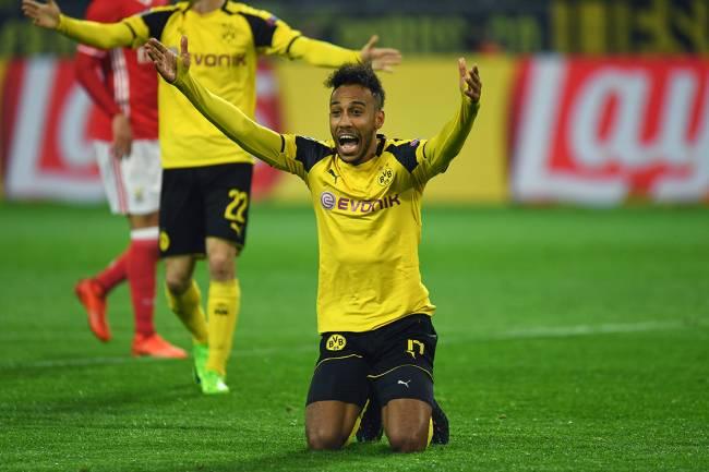 Pierre-Emerick Aubameyang, do Borussia, comemora gol durante partida contra SL Benfica, válida pela UEFA Champios League