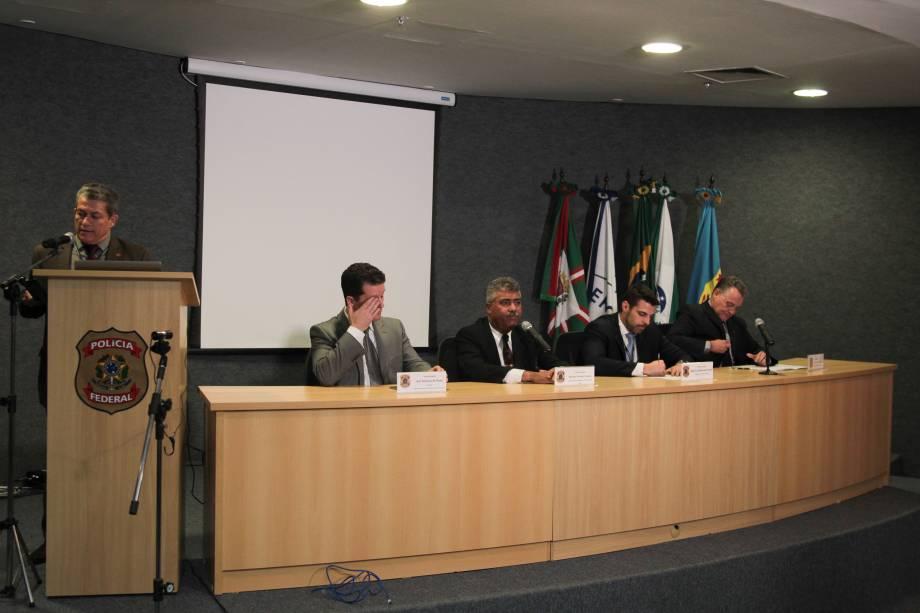 Coletiva na superintendência da Policia Federal no  Paraná referente a operação Carne Fraca - 17/03/2017