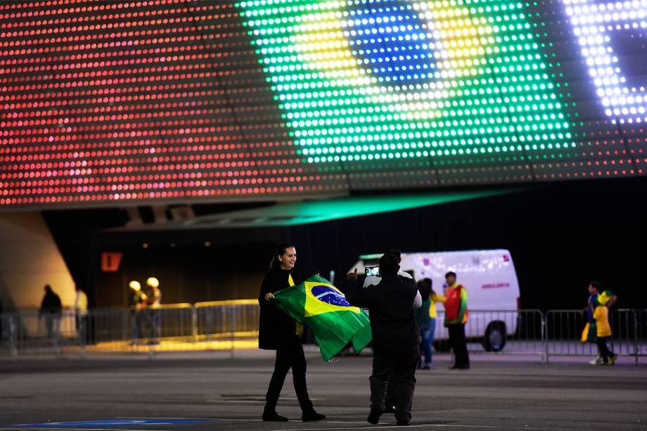 Torcida chega para a partida entre Brasil e Paraguai válida pela 14ª rodada das Eliminatórias da Copa do Mundo Rússia 2018, na Arena Itaquera, em São Paulo - 28/03/2017