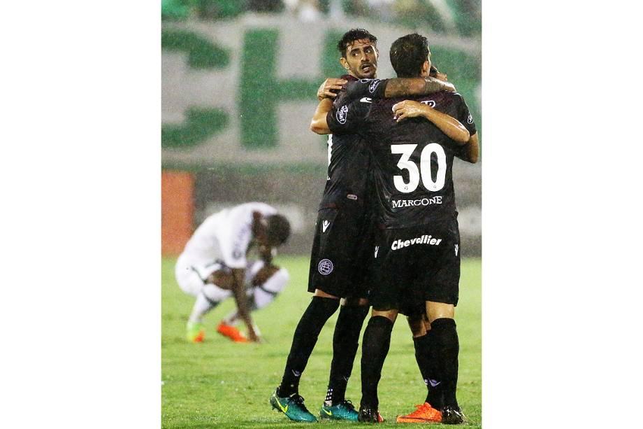 Chape perde na estreia em casa na Libertadores, mas sai aplaudida, no Estádio Arena Condá em Chapecó (SC) - 16/03/2017