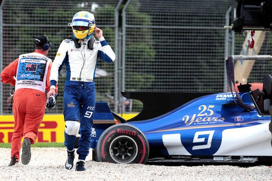 No treino desta sexta-feira (24), Marcus Ericsson, da Sauber, derrapou e saiu da pista