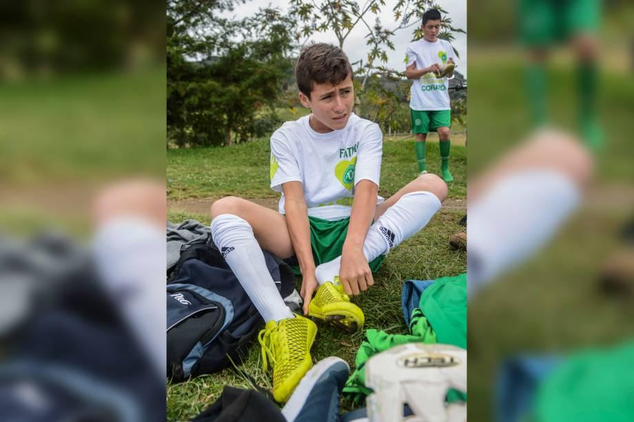 O 'anjo da Chapecoense' em ação em um torneio na Colômbia