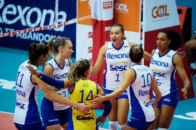 Equipe do Rexona Sesc de vôlei feminino