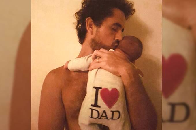Felipe Andreoli e seu filho com a apresentadora Rafa Brites, Rocco