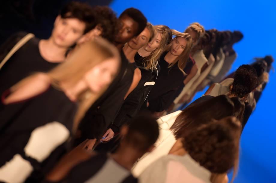 Modelos desfilam para a grife Memo, na 43ª edição do São Paulo Fashion Week, na Bienal do Ibirapuera