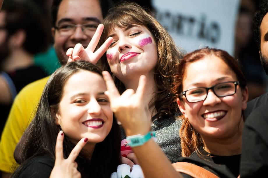 Público chega para o primeiro dia do Festival Lollapalooza 2017 no autódromo de Interlagos, em São Paulo