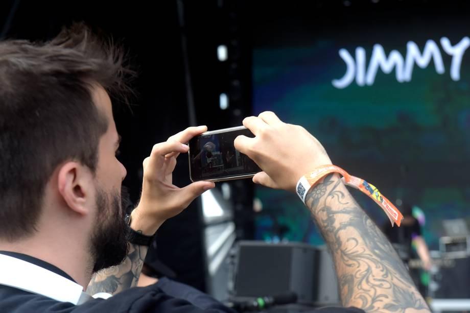 Público curte show da banda Jimmy Eat World no Lollapalooza, em São Paulo