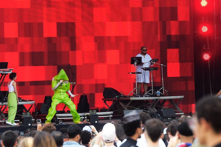 Jaloo abre o palco AXE da 6ª edição do Lollapalooza no autódromo de Interlagos