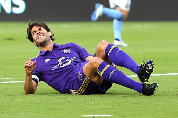 Kaká, do Orlando City, se contunde durante jogo contra o New York City FC, em Orlando