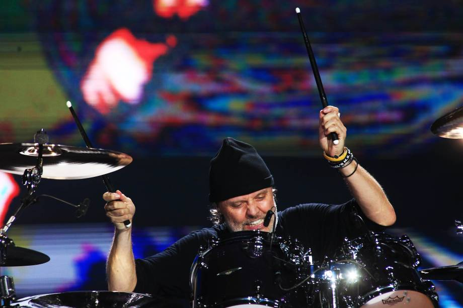 A banda Metallica no palco principal  durante o show mais esperado do primeiro dia da 6ª edição do Lollapalooza
