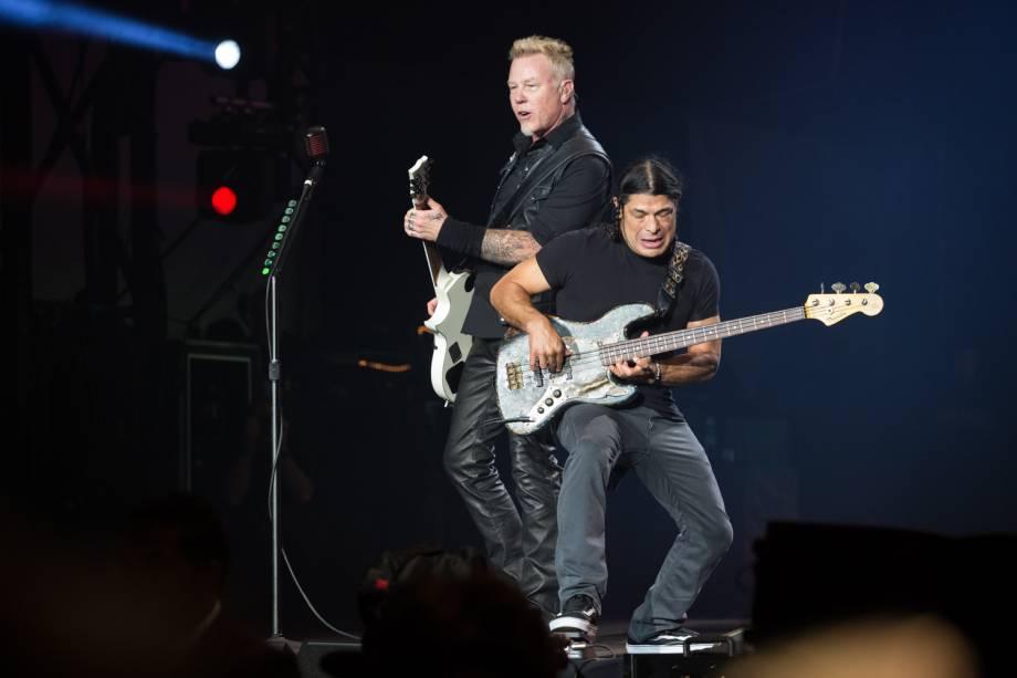 O vocalista do Metallica, James Hetfild no palco principal durante o show mais esperado do primeiro dia da 6ª edição do Lollapalooza