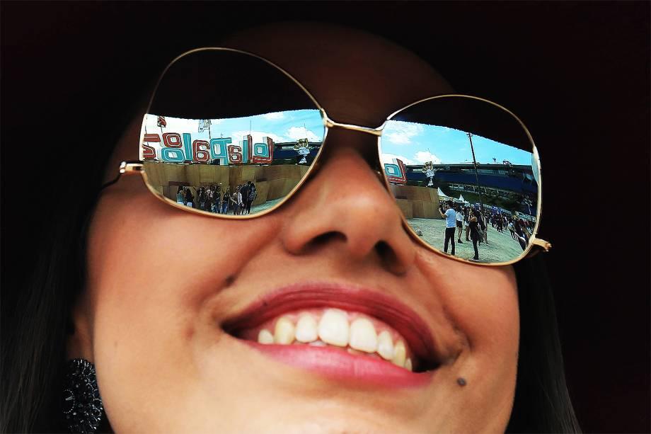 Público chega para o segundo dia do Festival Lollapalooza 2017 no autódromo de Interlagos, em São Paulo