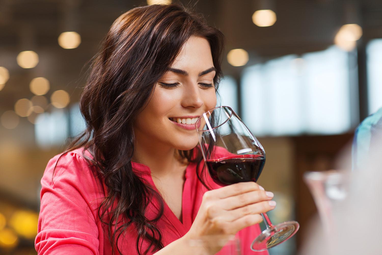 Beber socialmente' já é suficiente para danificar o cérebro | VEJA
