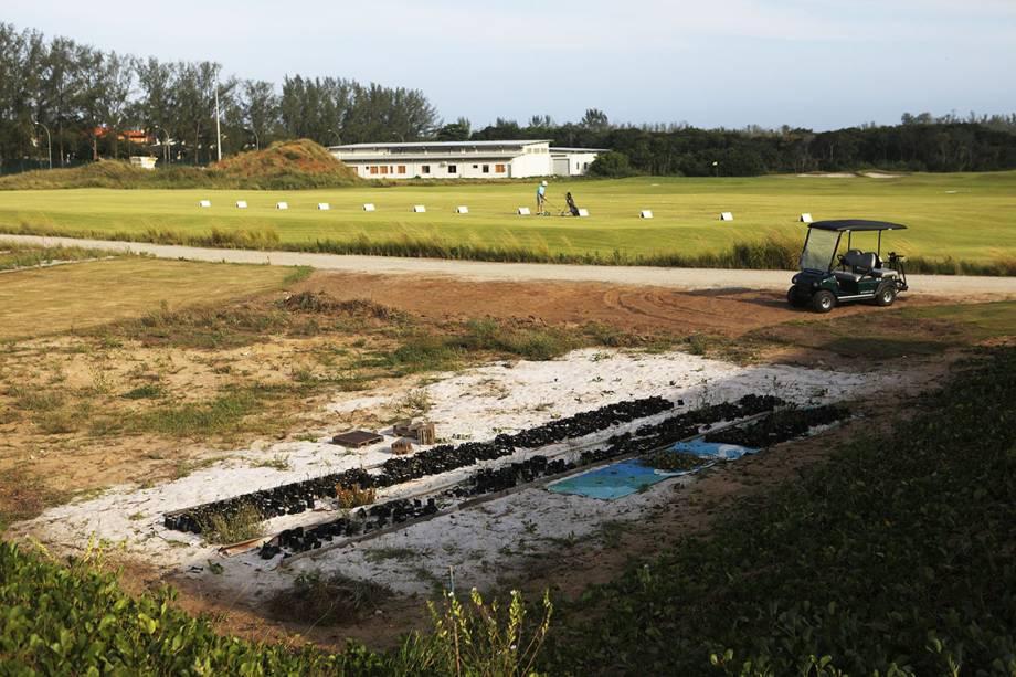 Campo de golfe parcialmente degradado 7 meses após os Jogos Olímpicos Rio 2016
