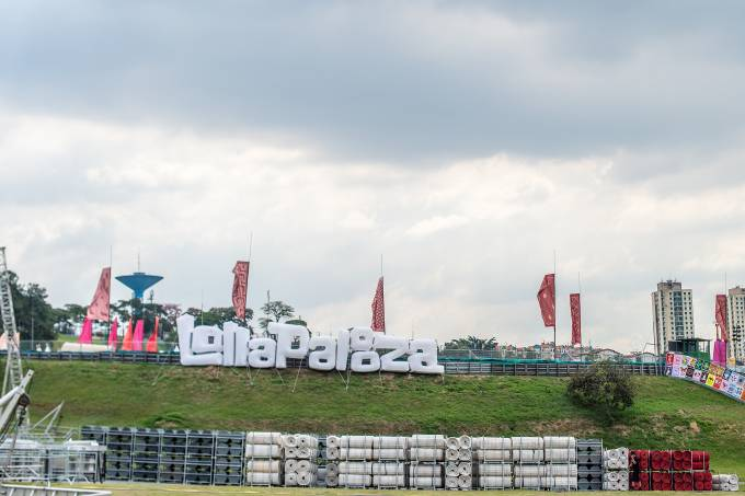 Preparativos para o Lollapalooza 2017