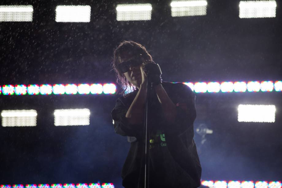 The Strokes fecha o palco principal da segunda noite da 6ª edição do Lollapalooza