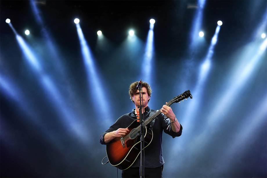 O cantor australiano Vance Joy, ex-jardineiro revelado por Taylor Swift, levantou o público com sua balada pop no Lollapalooza