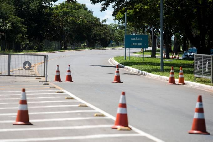 Via de acesso ao Palácio do Jaburu, em Brasília
