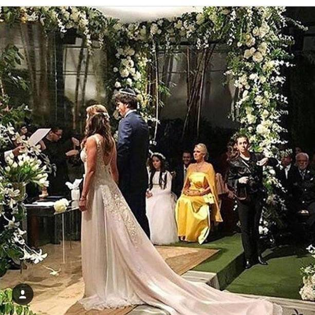 Patricia Abravanel se casou neste sábado na mansão do pai, Silvio Santos, no bairro do Morumbi, Zona Sul de São Paulo