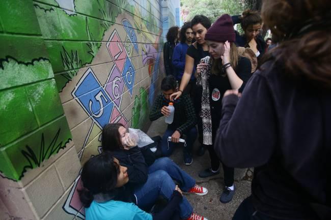 Manifestantes bloqueiam a Rua da Consolação