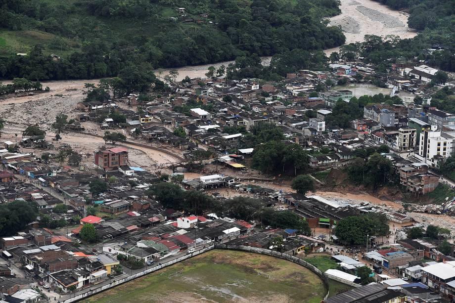 Vista aérea após fortes chuvas em Mocoa, no Sul da Colômbia - 02/04/2017