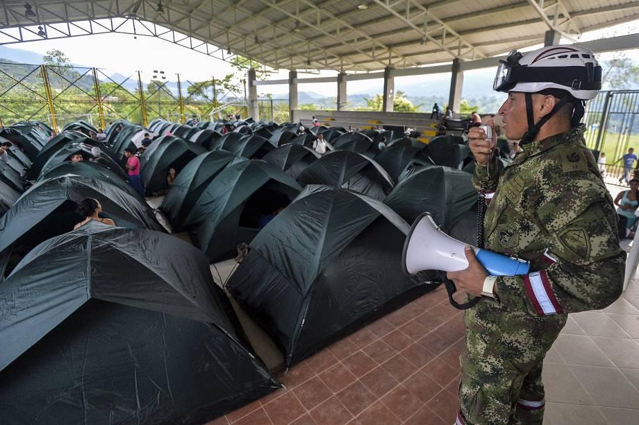 O presidente colombiano, Juan Manuel Santos, afirmou que a avalanche deixou 203 feridos, muitos com gravidade, que estão sendo atendidos em hospitais de Mocoa e outras cidades - 03/04/2017