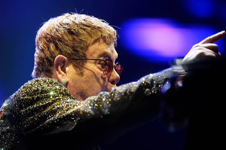 O cantor britânico Elton John se apresenta no Allianz Parque, na zona oeste de São Paulo - 06/04/2017